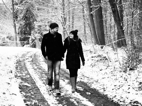 Lisa und Simon - Schneeshooting in Rippenweier