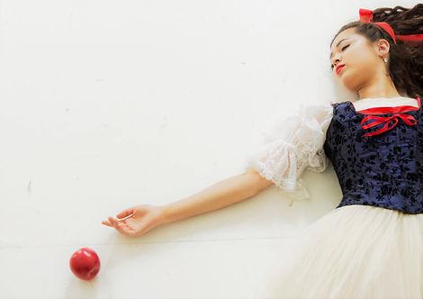 Katie & apple-1.jpg
