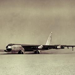 YB-52A.jpg