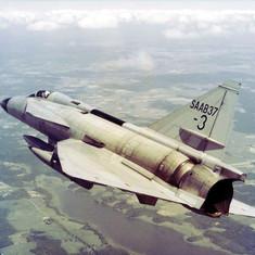 J-37 Viggen - Luckyplane-S0003.jpg
