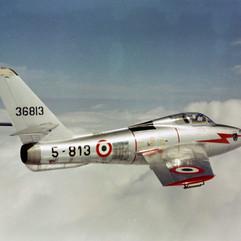 F84F - AMI-IT0009A RGB.jpg