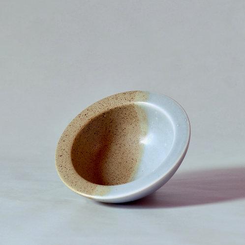 sturdy rimmed bowl