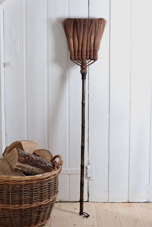 "Japanese artisan palm broom 120cm/48"""