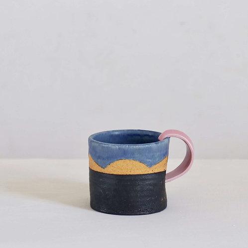Mug - hooked pink handle