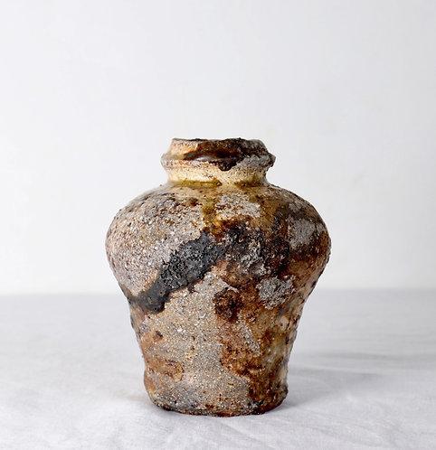 ash glazed vase with kintsugi