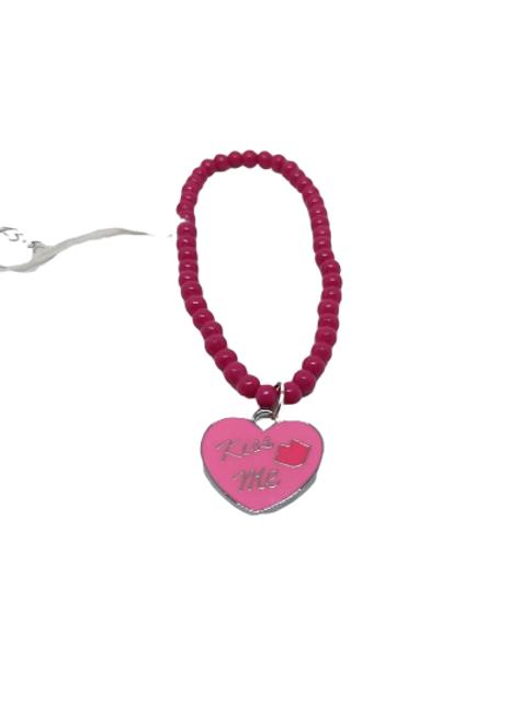 Pink kiss me charm beaded bracelet