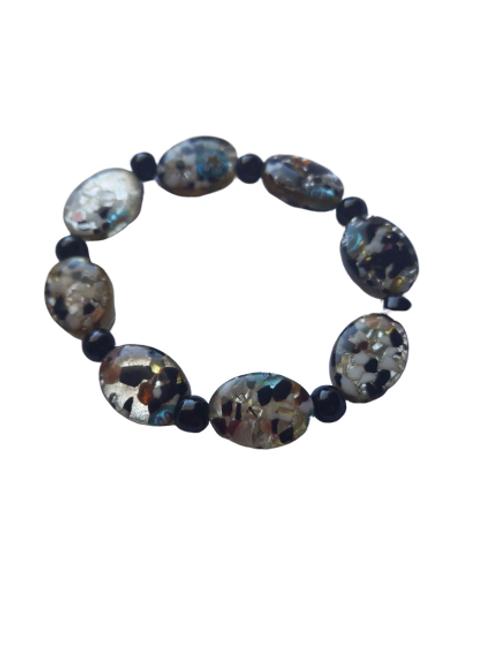 glitter glass oval and black beaded round beaded bracelet