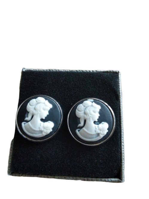 silver plated large black and white cameo ladies head stud earrings