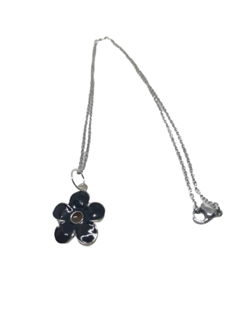 Silver plated black flower/daisy chain