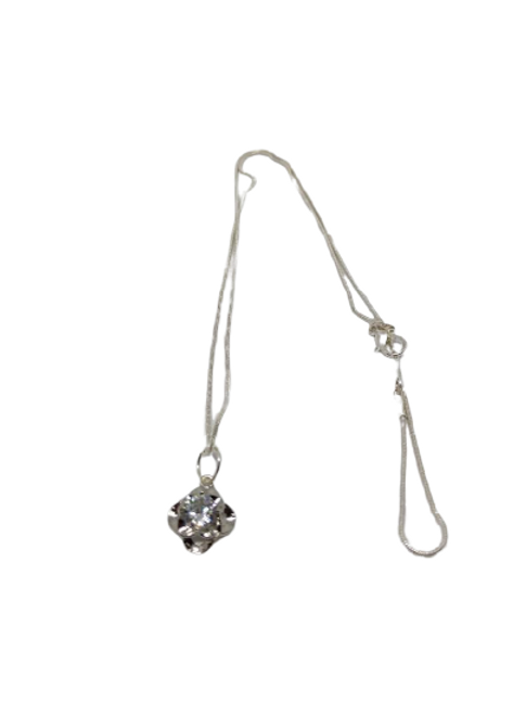 Silver plated diamante flower chain/necklace