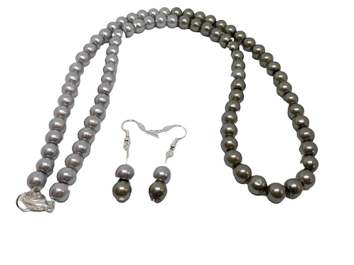 Two tone grey beaded necklace