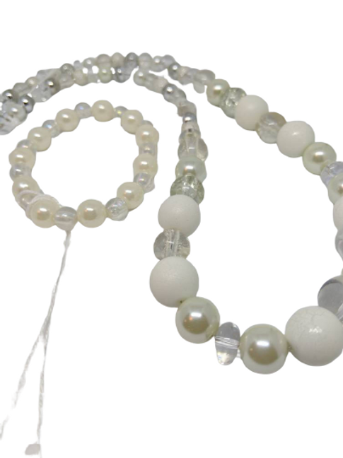 White and clear beaded bracelet and necklace jewellery set