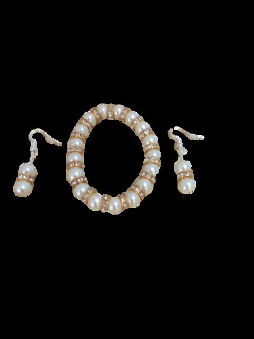faux pearl bracelet/faux pearl earrings/diamante earrings/diamante bracelet/brid