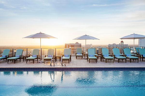 pool rooftop.jpg