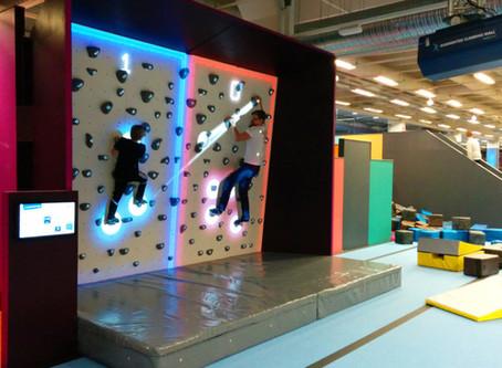 ボルダリングをもっと面白くする「Augmented Climbing Wall」
