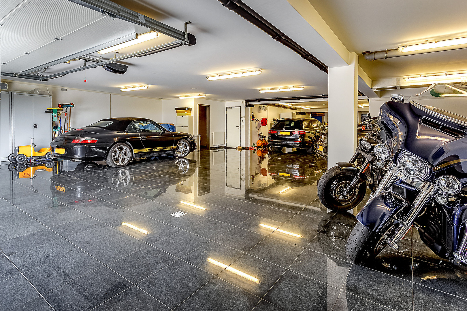 12 car garage