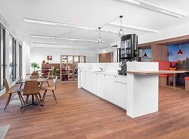 2. Kitchen.jpg
