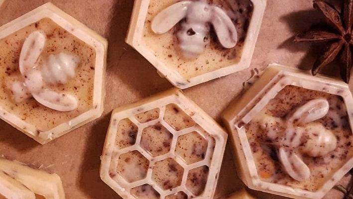 Beeswax melts cinnamon clove