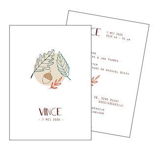 Je vindt hier een geboortekaartje voor het najaar met   herfstbladeren en een eikel in natuurkleuren. Een Scandinavisch kaartje met fijn lijnwerk. De geboortekaartjes zijn ontworpen door illustrator Karen Vandelaer.