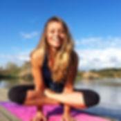 Gwendoline Aliaume, Professeur de yoga ashtanga, vinyasa flow, Yin yoga et Yoga Nidra (certifiée Yoga Alliance). Cours collectif petits groupes. Cours particuliers, évènementiel, entreprise. Stages de Yoga en france et étranger ainsi qu'ateliers tout au long de l'année.