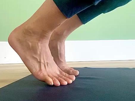 Les pieds au yoga