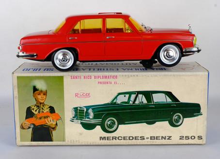 Coche Mercedes Benz 250 S Automatico juguetes Rico años 60