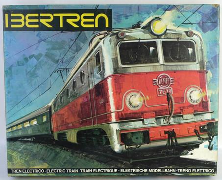 Tren eléctrico Ibertren 3N 141 años 70