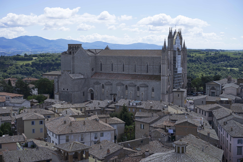 Umbria_Duomo_di_Orvieto_2_01