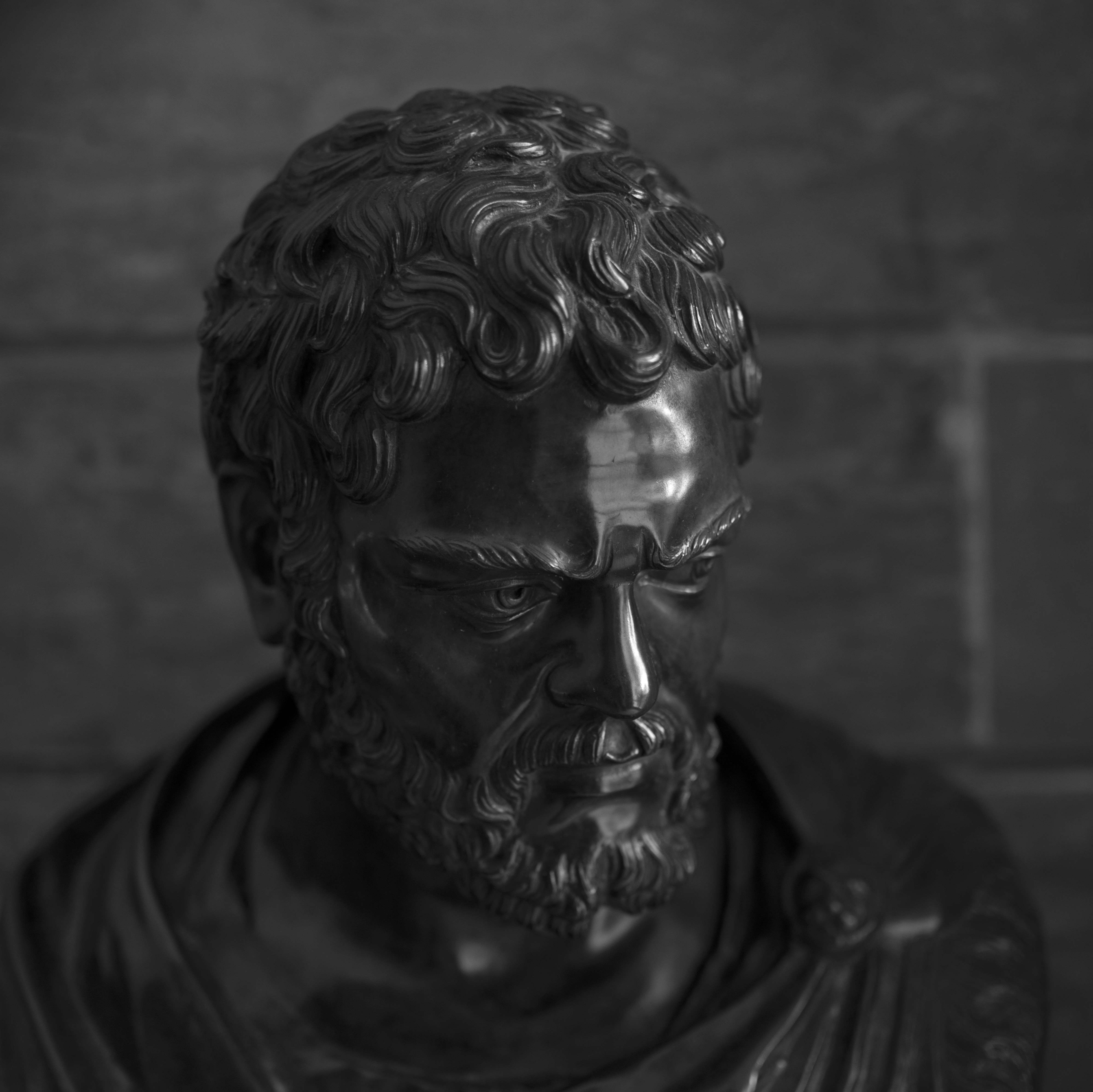 Roman_statue_01
