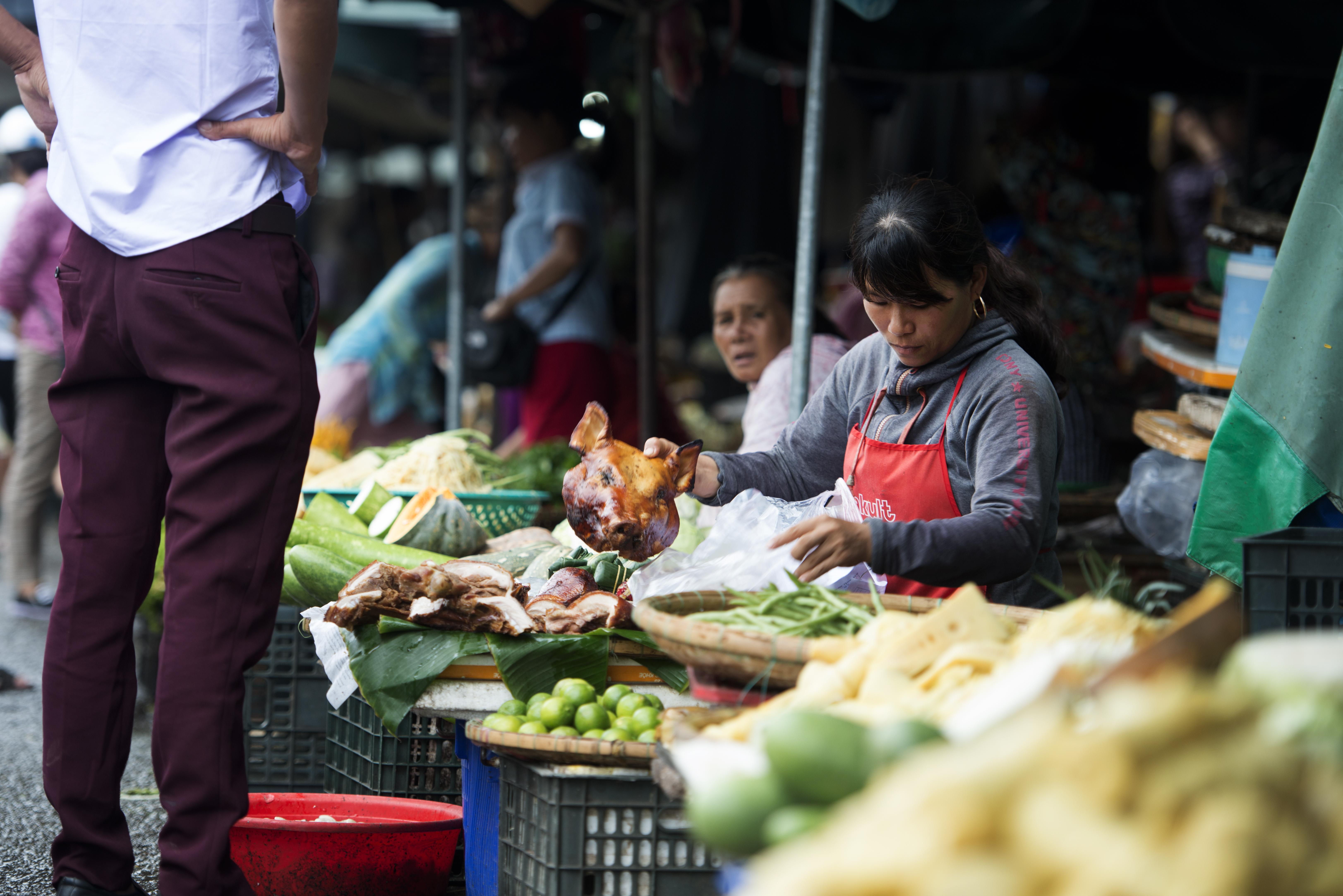 Dong Ba Market_Hue