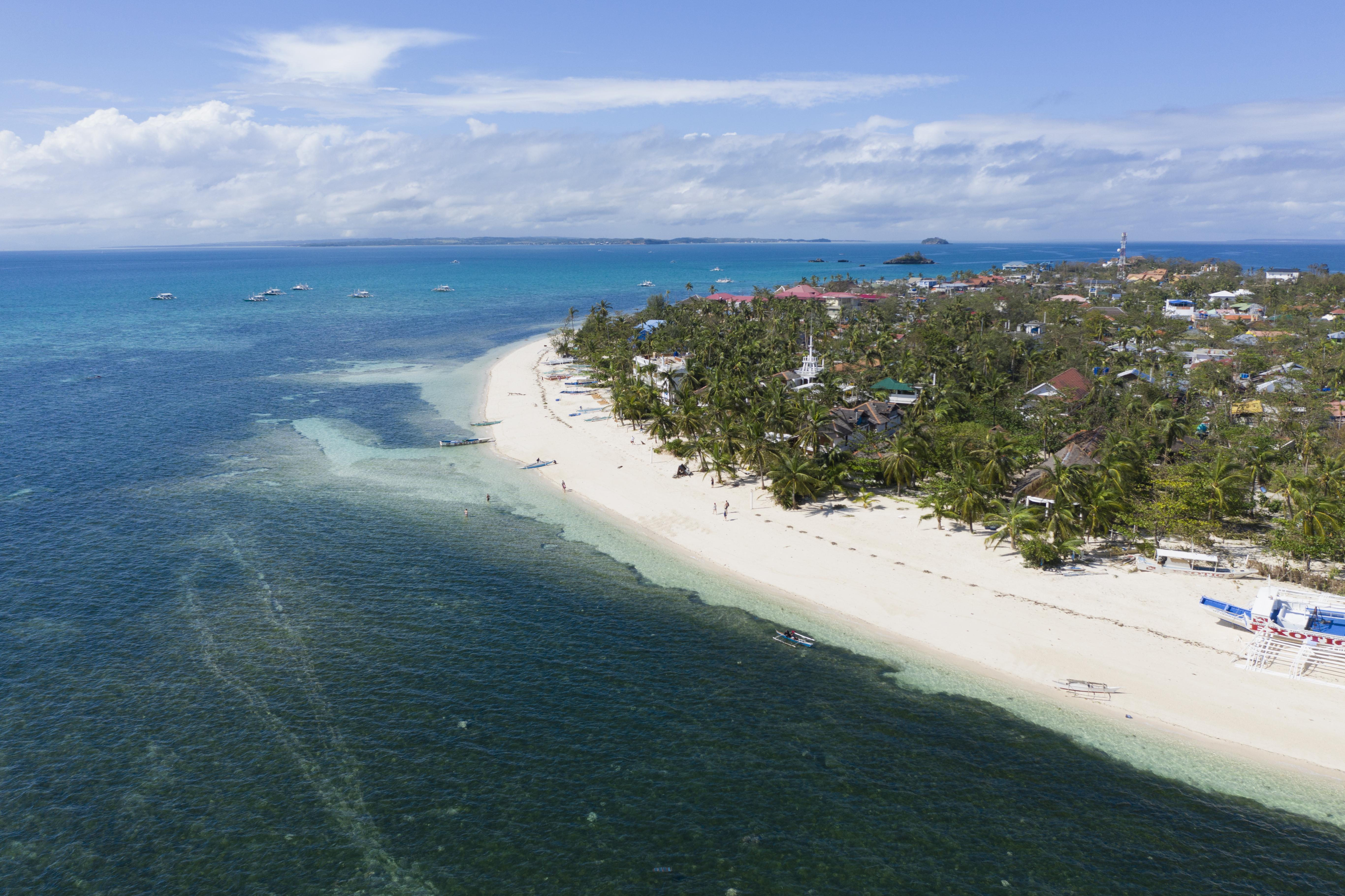 Malapascua looking south
