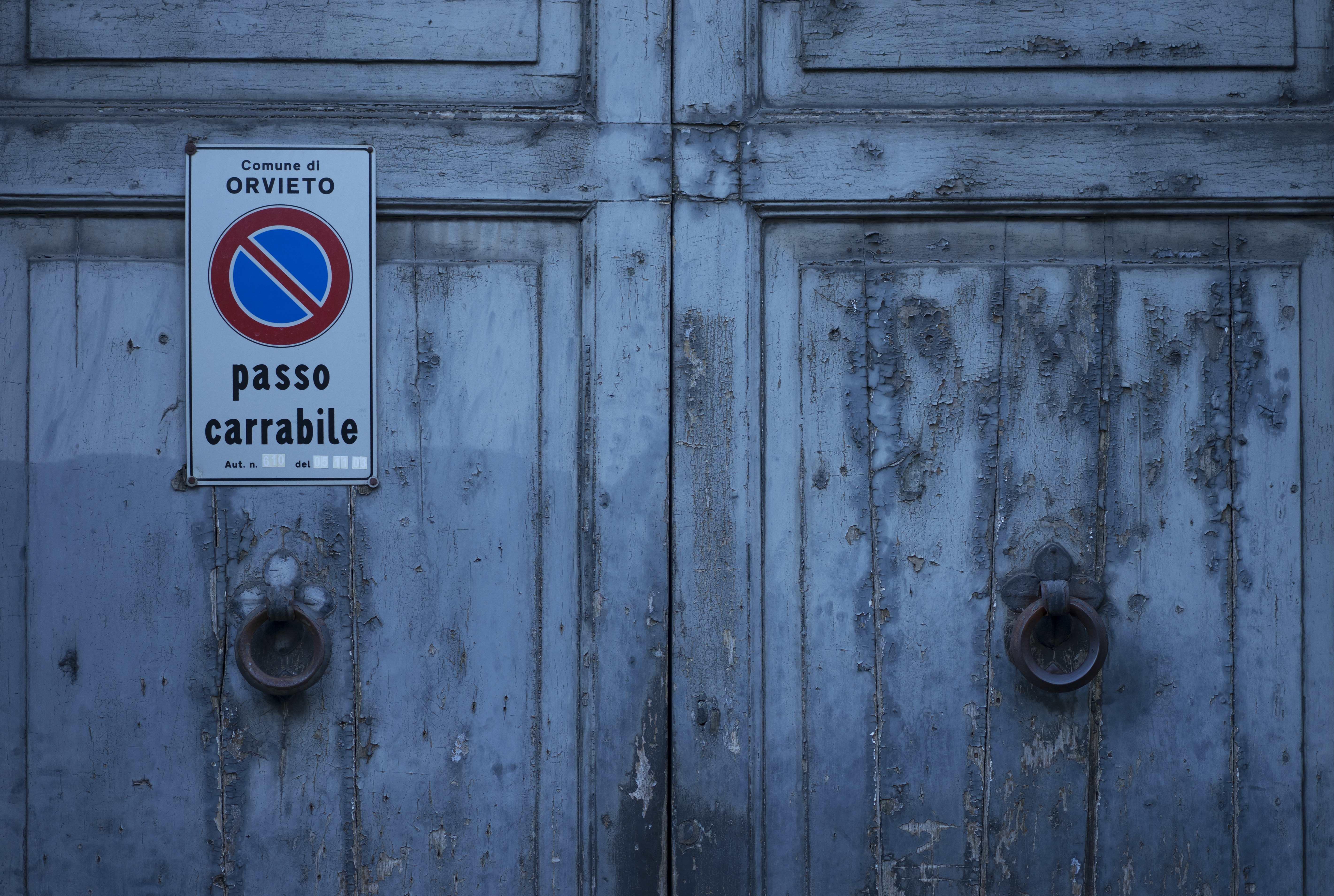 Orvieto_Garage_Door_01