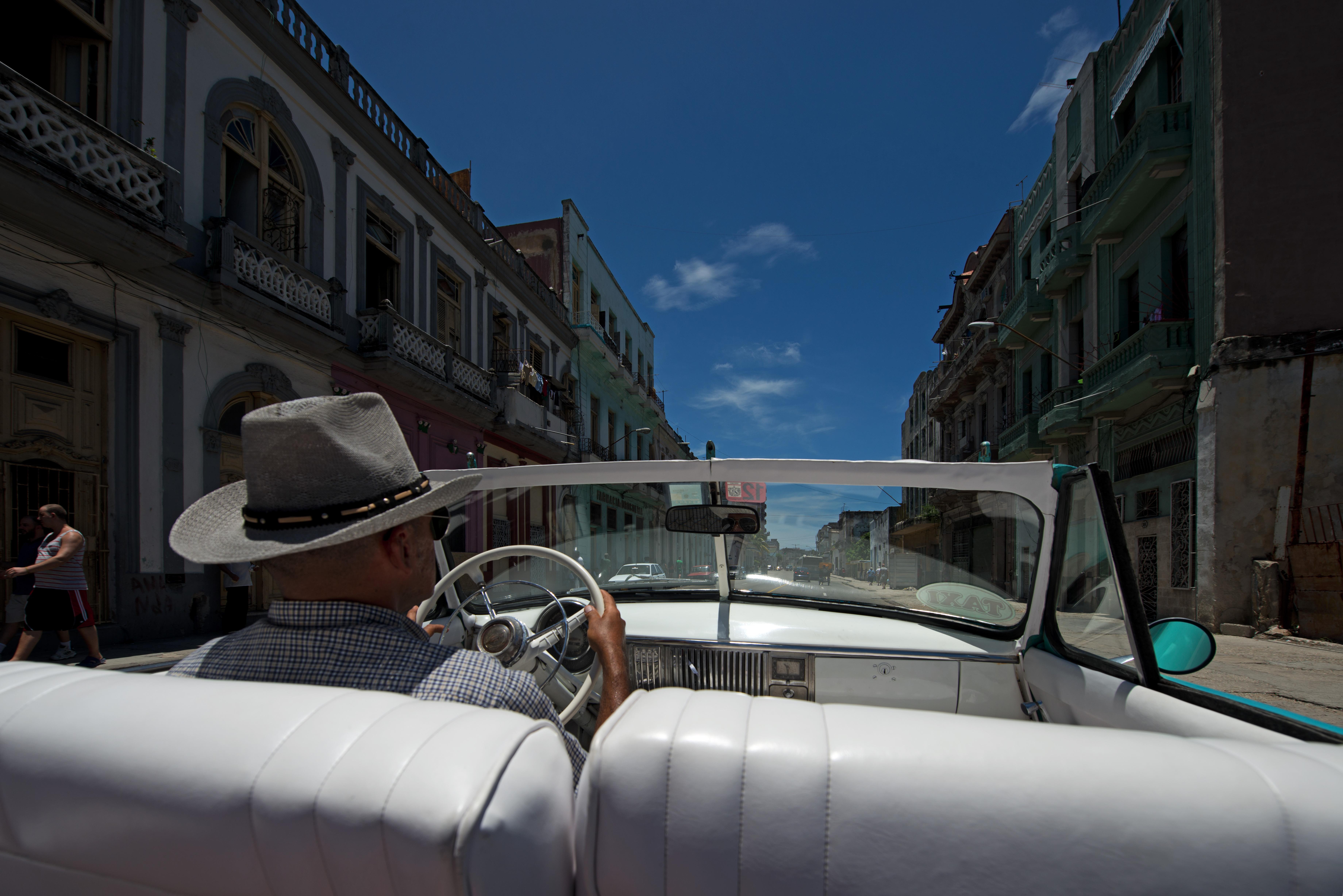 Habana_Crysler1949_2_2805Habana_Crysler1949_2low