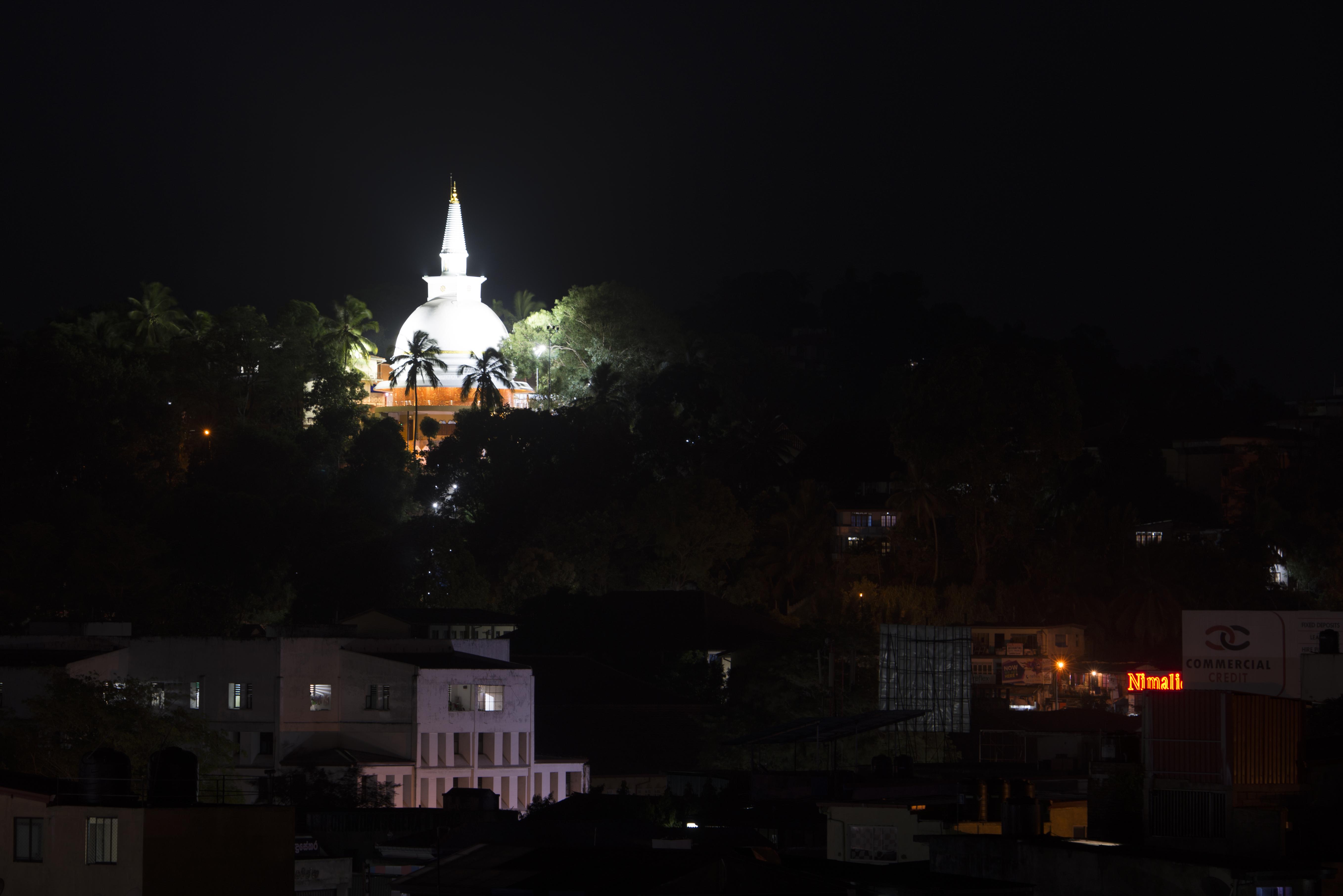 Kandy_Stupa