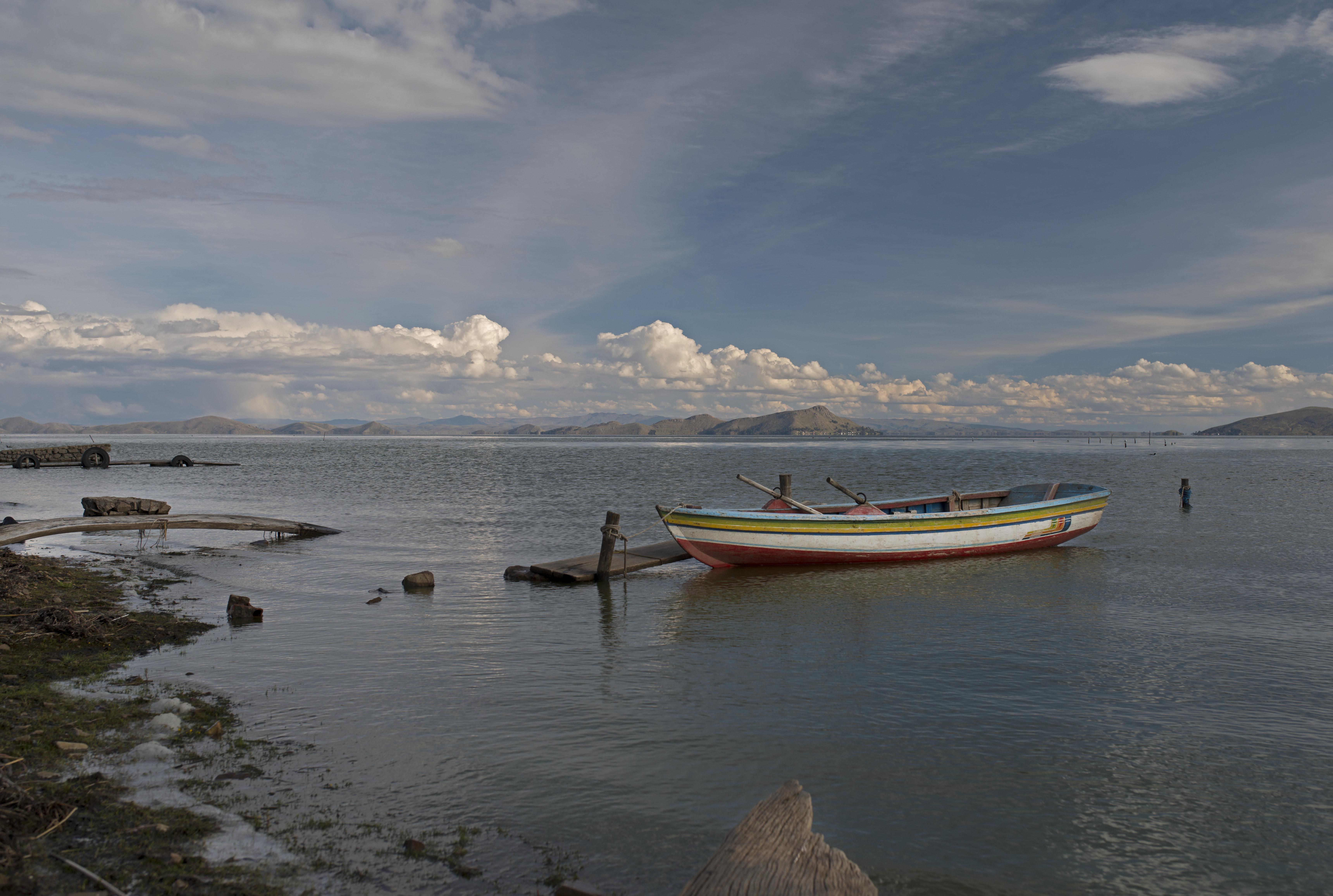 Titicaca Fishing boat_2