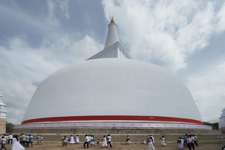 Anuradhapura_stupa