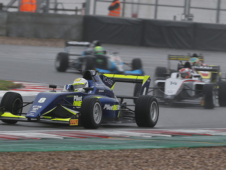 Frederick takes third win of the year in Donington Park thriller!