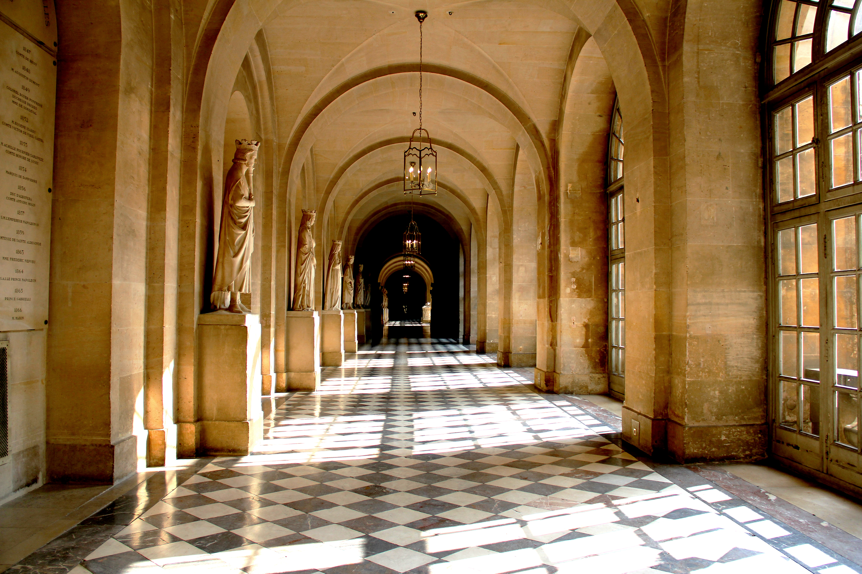 The hall of light and shadow