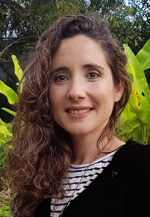 Rachel Headshot 2020 1.PNG