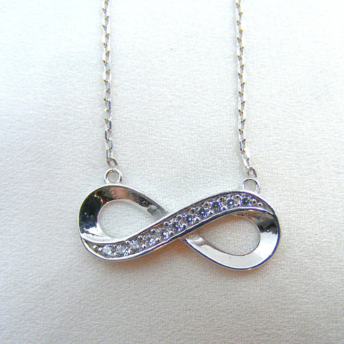 Naszyjnik z infinity srebro 925