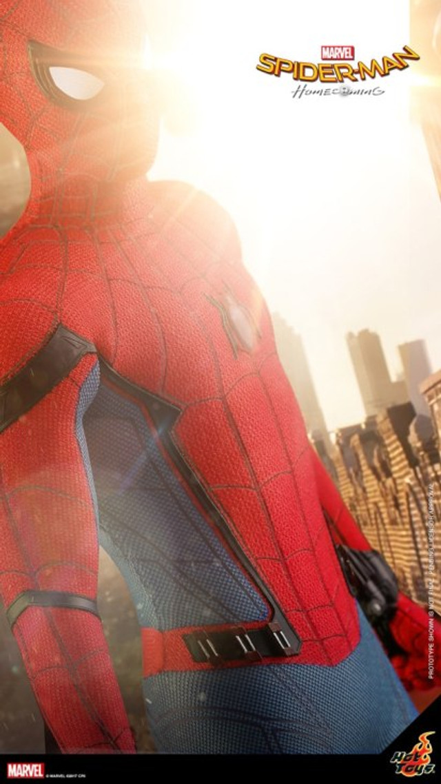 spider-man-homecoming-gets-a-unique-chinese-poster-and-hot-toys-teases-their-action-figure2