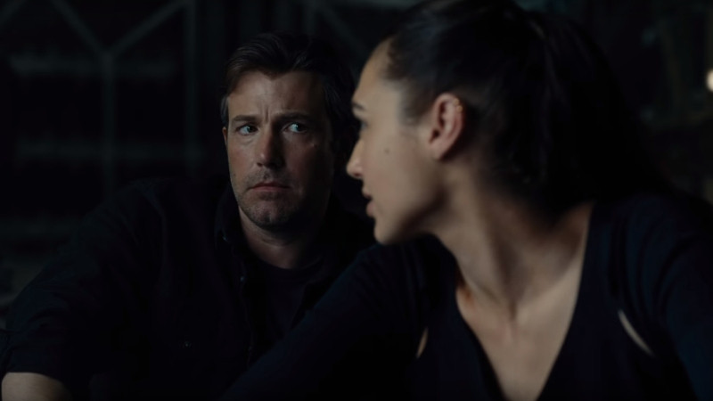 fusi-Bruce-Wayne-Ben-Affleck-and-Diana-Prince-Gal-Gadot-in-Justice-League.jpg