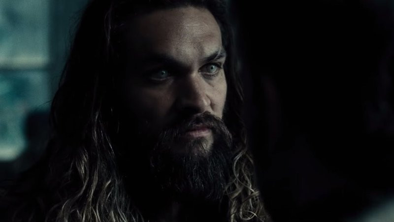 Jason-Momoa-Comic-Con-2016-Justice-League-Trailer.jpg