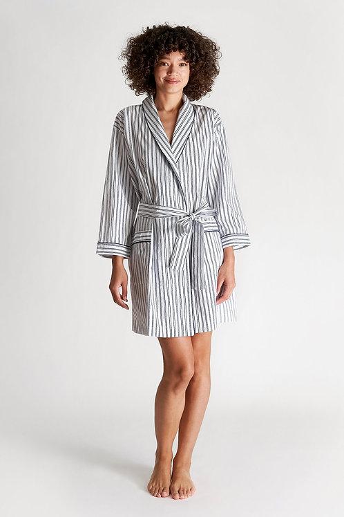 Isa Short Robe