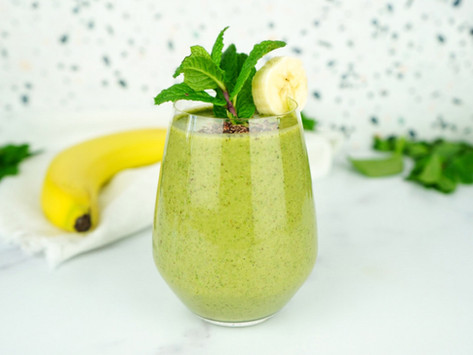 Supercharge Your Morning With A Minty Greens & Chocolate CBD Smoothie