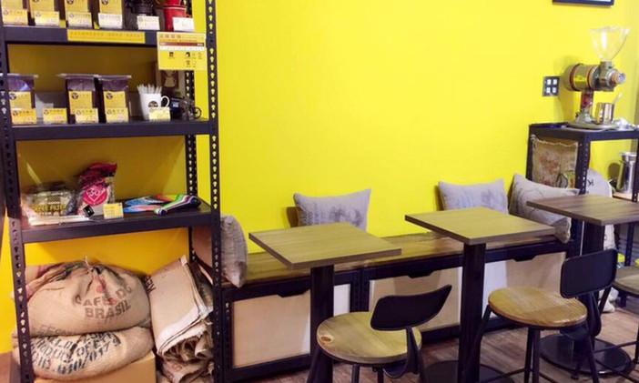 咖啡廳,展示架