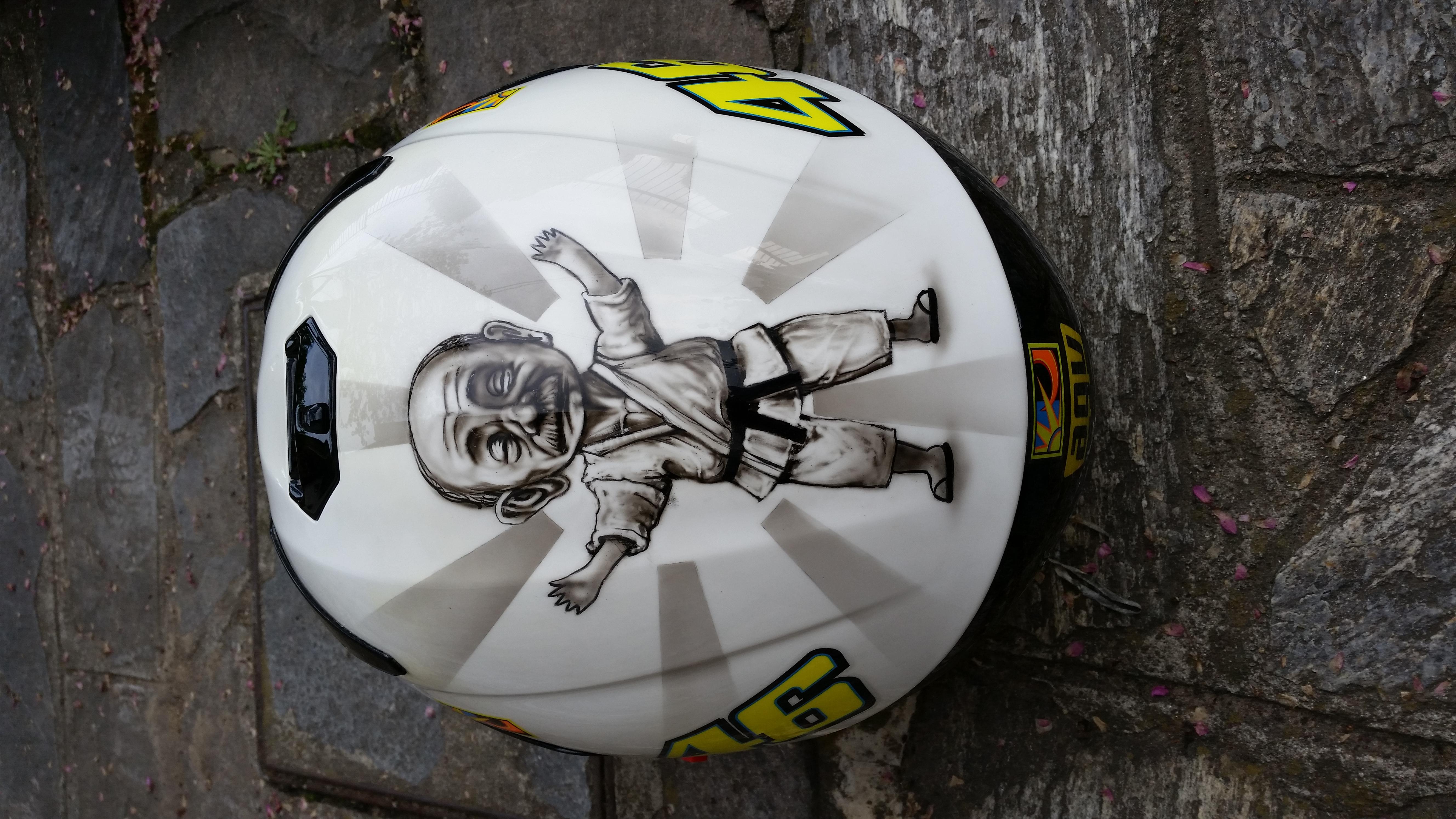 Aerografia + Cubicatura casco AGV
