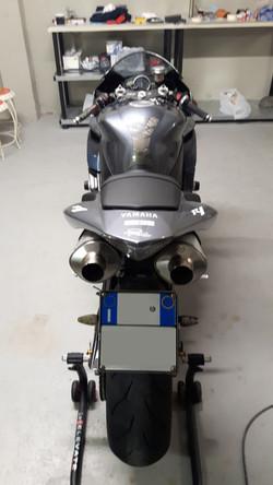 Lucidatura Yamaha R1