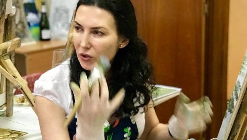 Юлия Трейвас худоник