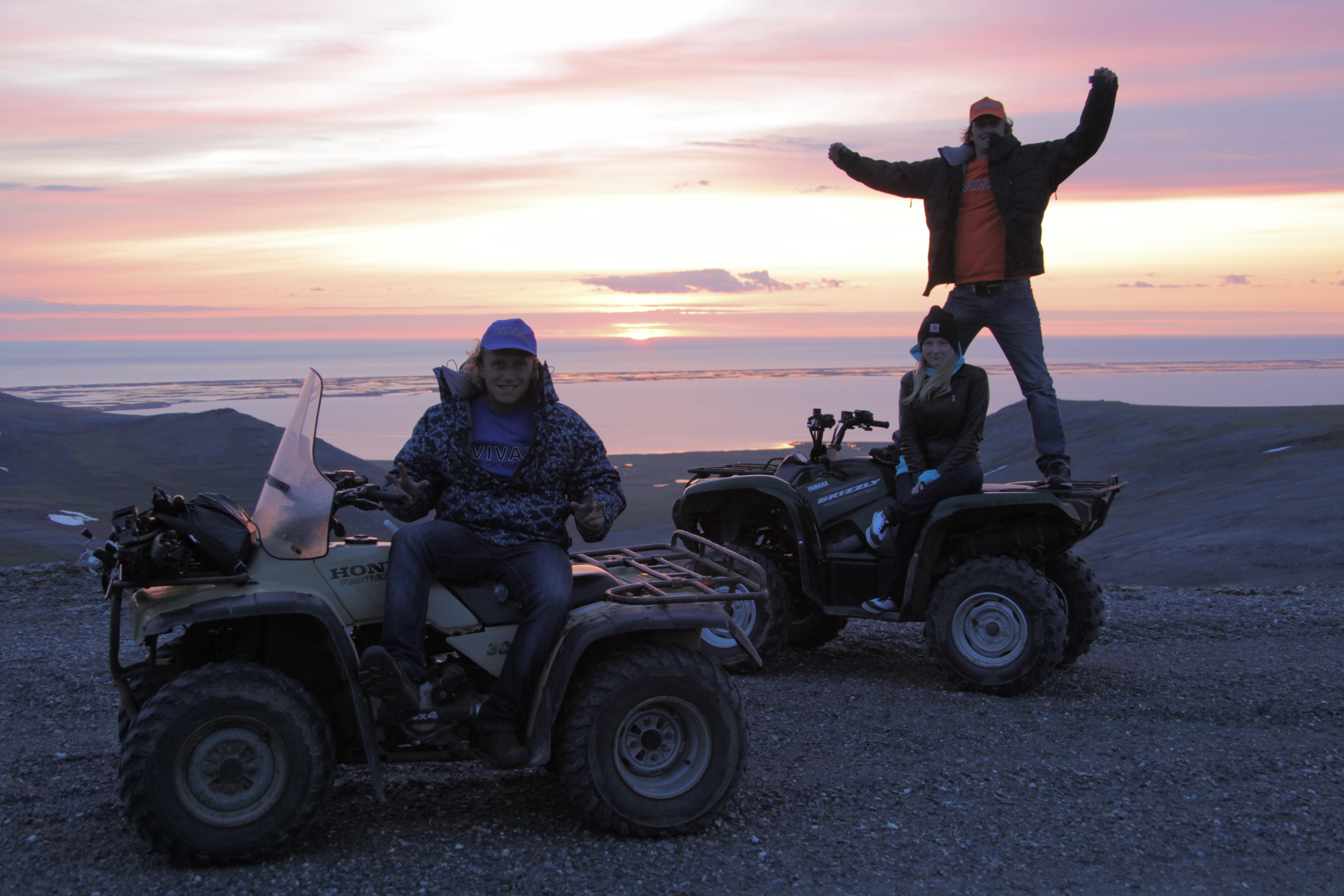 Наши на Аляске!